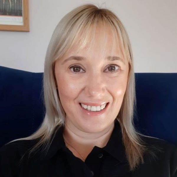 Kirsty Bilton headshot